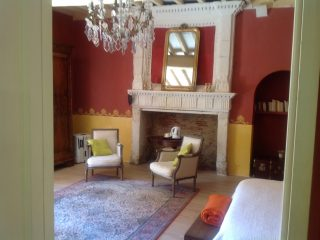 suite rosemonde, le prieure de mouquet Créon-Sadirac, salon, fr
