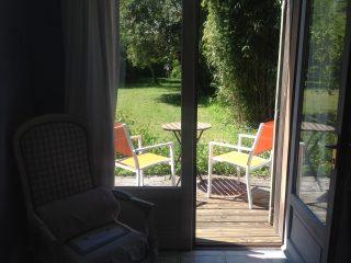 chambre plume, le prieure de mouquet Créon-Sadirac, terrasse, fr