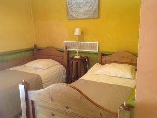 suite pastorale, le prieure de mouquet Créon-Sadirac, chambre 2 lits simples, fr