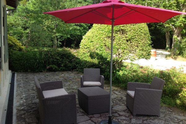 gite les hortensias, le prieure de mouquet Créon-Sadirac, terrasse2, fr