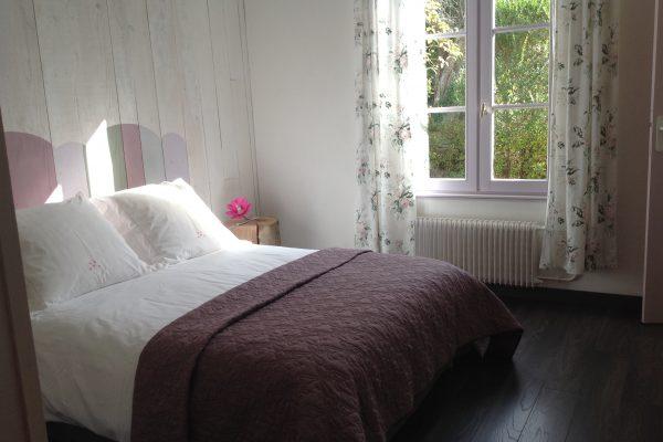 gite les hortensias, le prieure de mouquet Créon-Sadirac, chambre lit double, fr